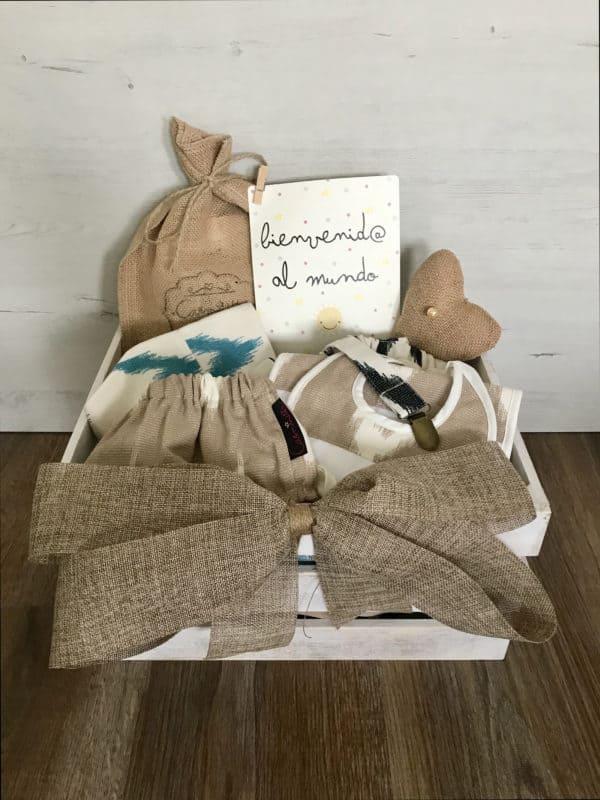 cesta regalo para bebé